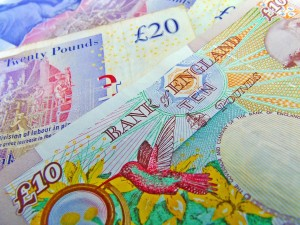 10 and 20 pound notes representing the National Living Wage